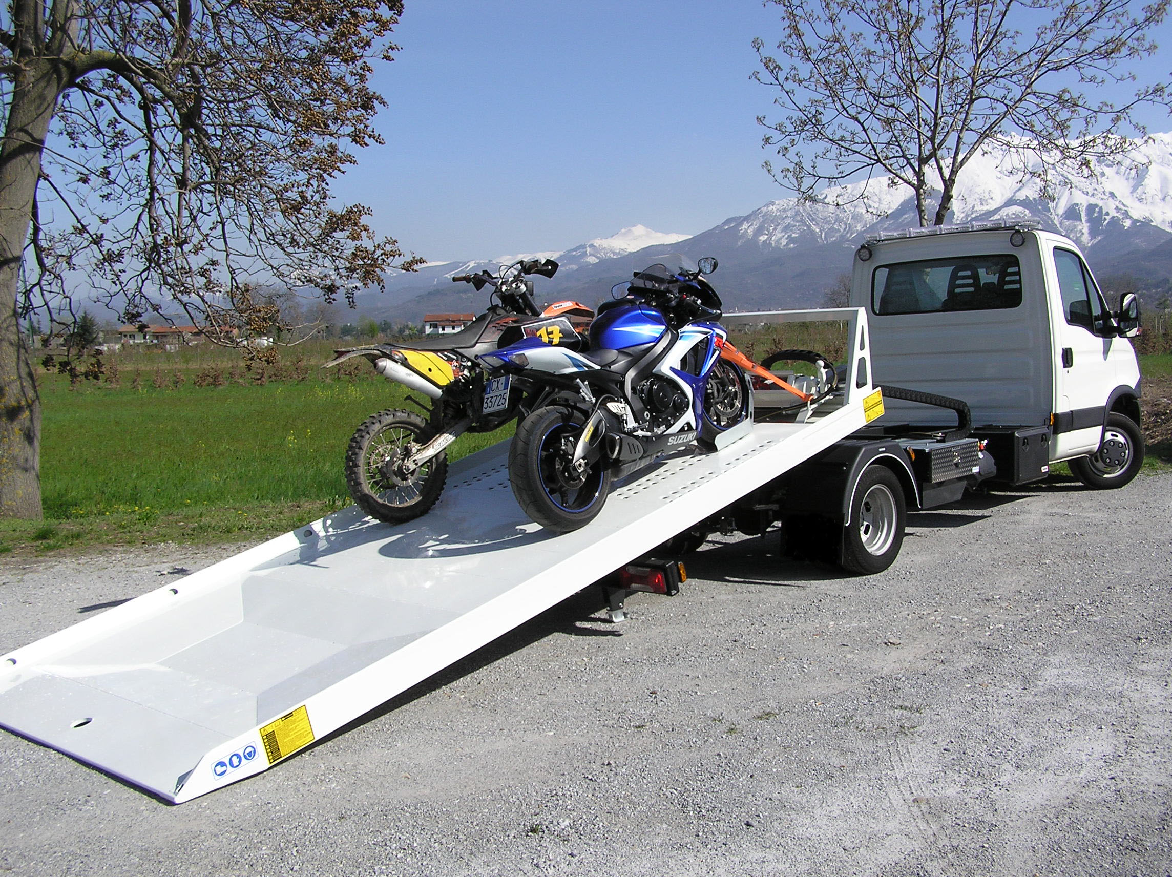inexpensive tow service